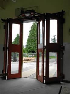 Four Fold Doors & Four fold doors for railcar entrances